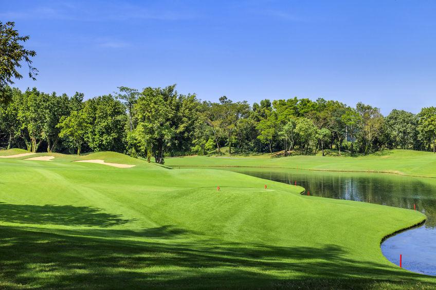A tökéletes golfpálya alapja a professzionális tereprendezés!